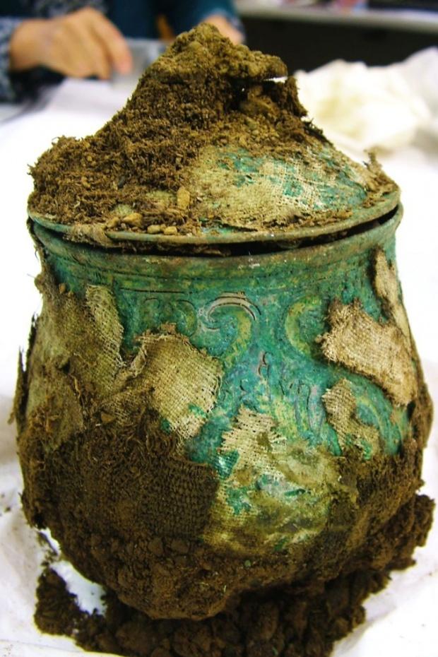 Poklad Vikingů pod cívkou skotského hledače